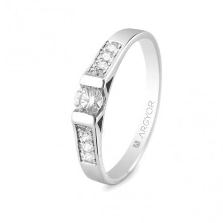 Eljegyzési gyűrű 18k fehéraranyból 9 gyémánttal 74B0033
